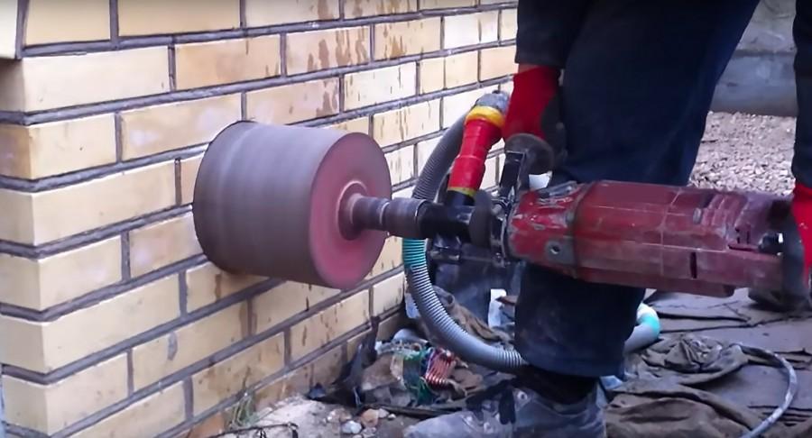 Алмазное бурение отверстий в бетоне купить приготовление цементного раствора пропорции таблица на 1 м3